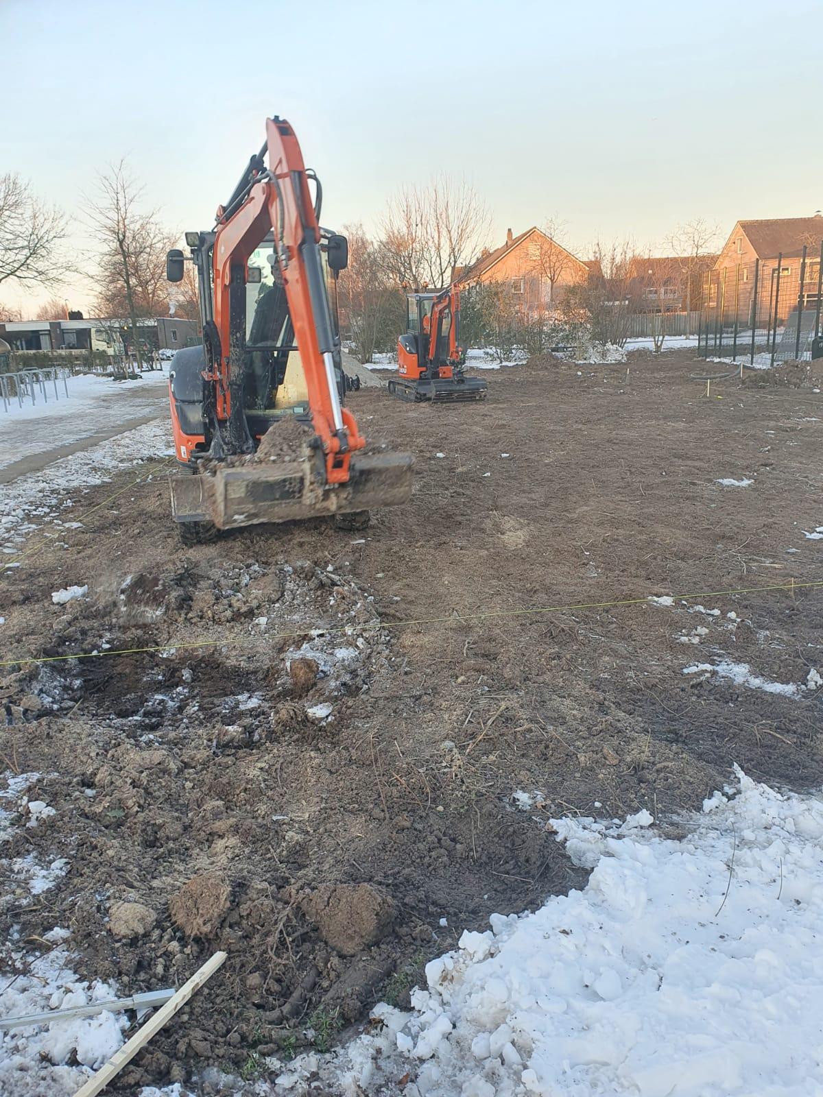 Aanleg speeltuin/kabelbaan in Sleeuwijk......opdracht van Gemeente Altena